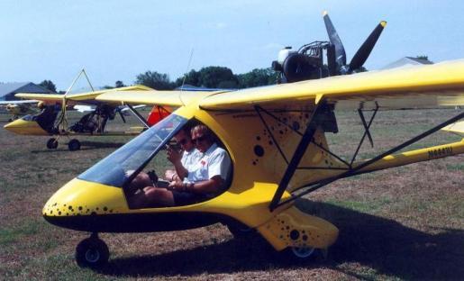 Sun'n Fun 2000, Skyboy EX flying without doors